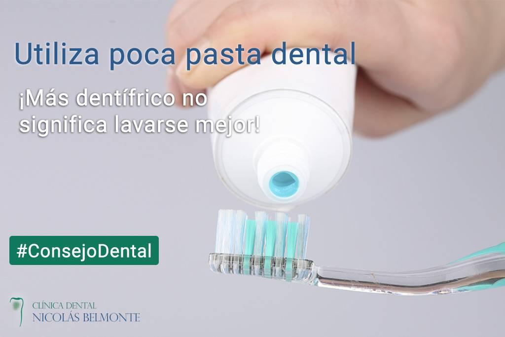 Utiliza poca pasta de dientes