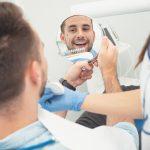 ¿Cómo debes cuidar las carillas dentales?