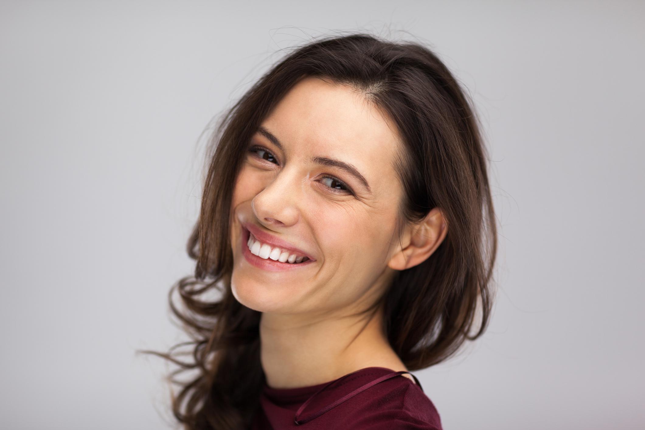 Carillas dentales, el tratamiento estrella para una sonrisa bonita